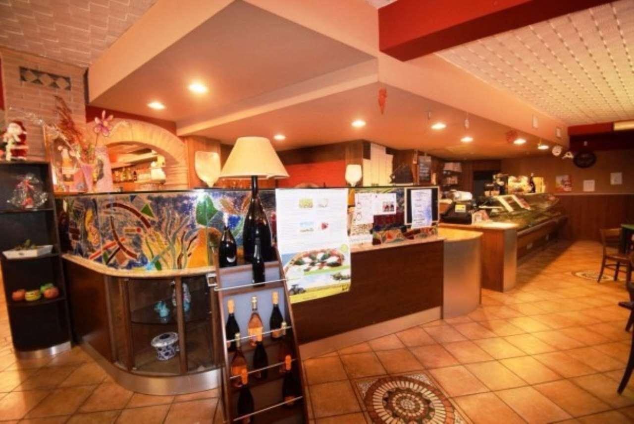 Ristorante / Pizzeria / Trattoria in vendita a Roccafranca, 2 locali, prezzo € 130.000 | Cambio Casa.it