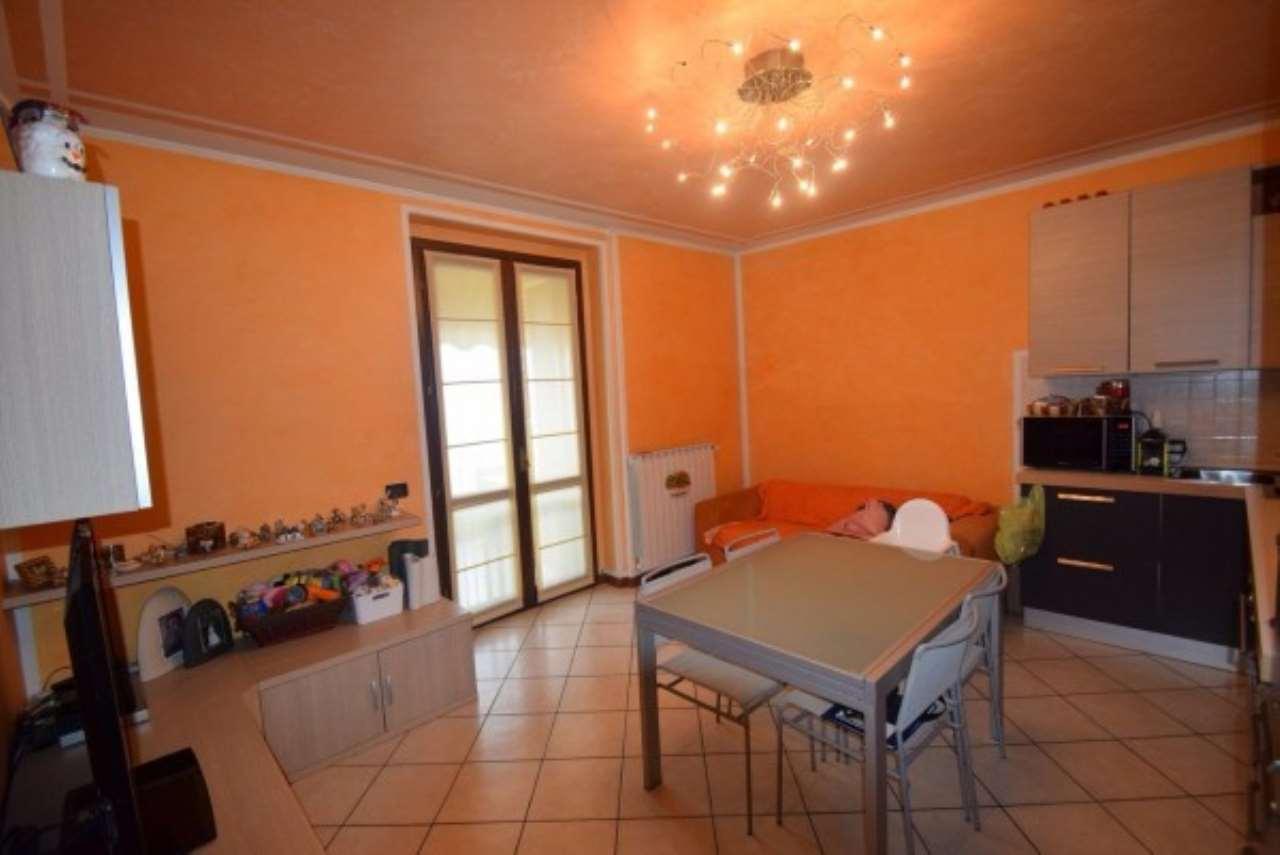 Appartamento in vendita a Chiari, 3 locali, prezzo € 110.000 | CambioCasa.it