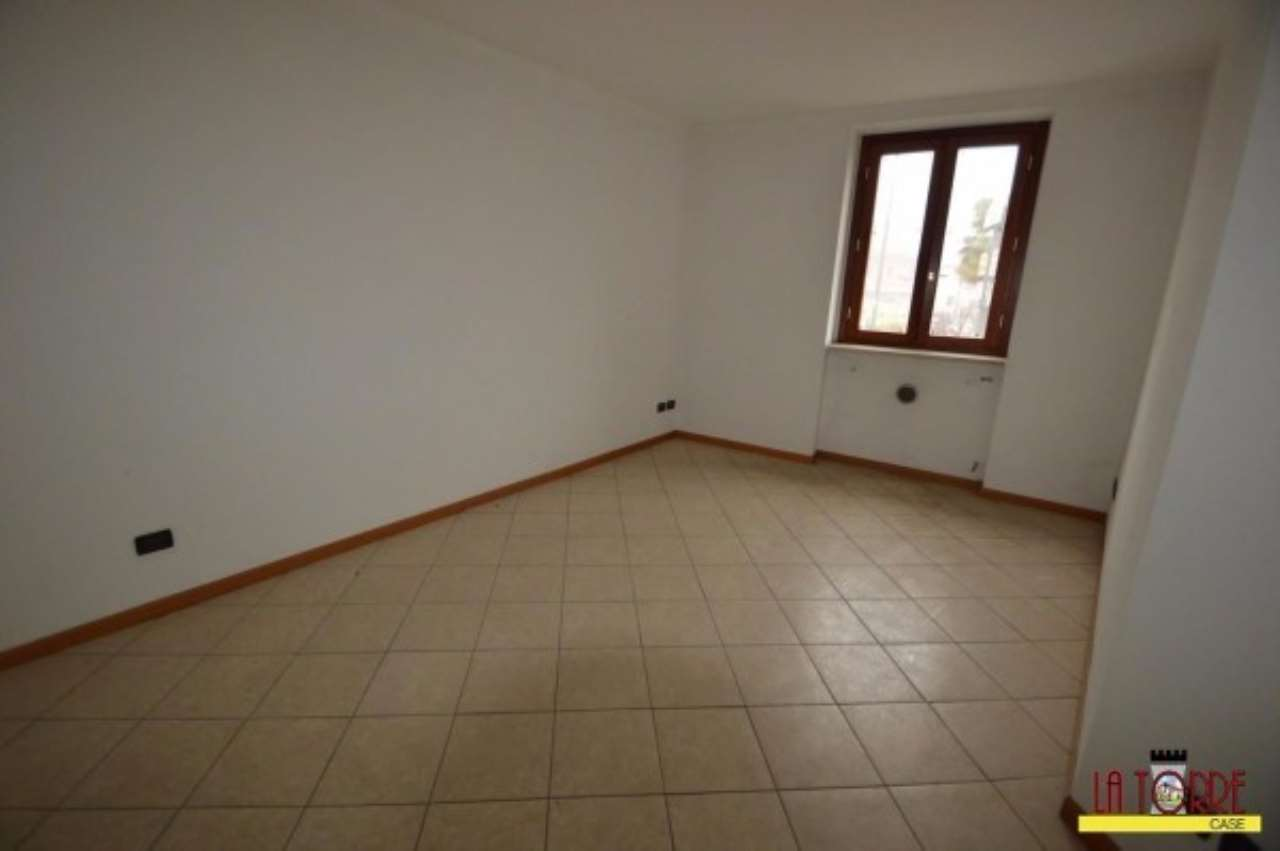 Appartamento in vendita a Lograto, 3 locali, prezzo € 90.000 | Cambio Casa.it