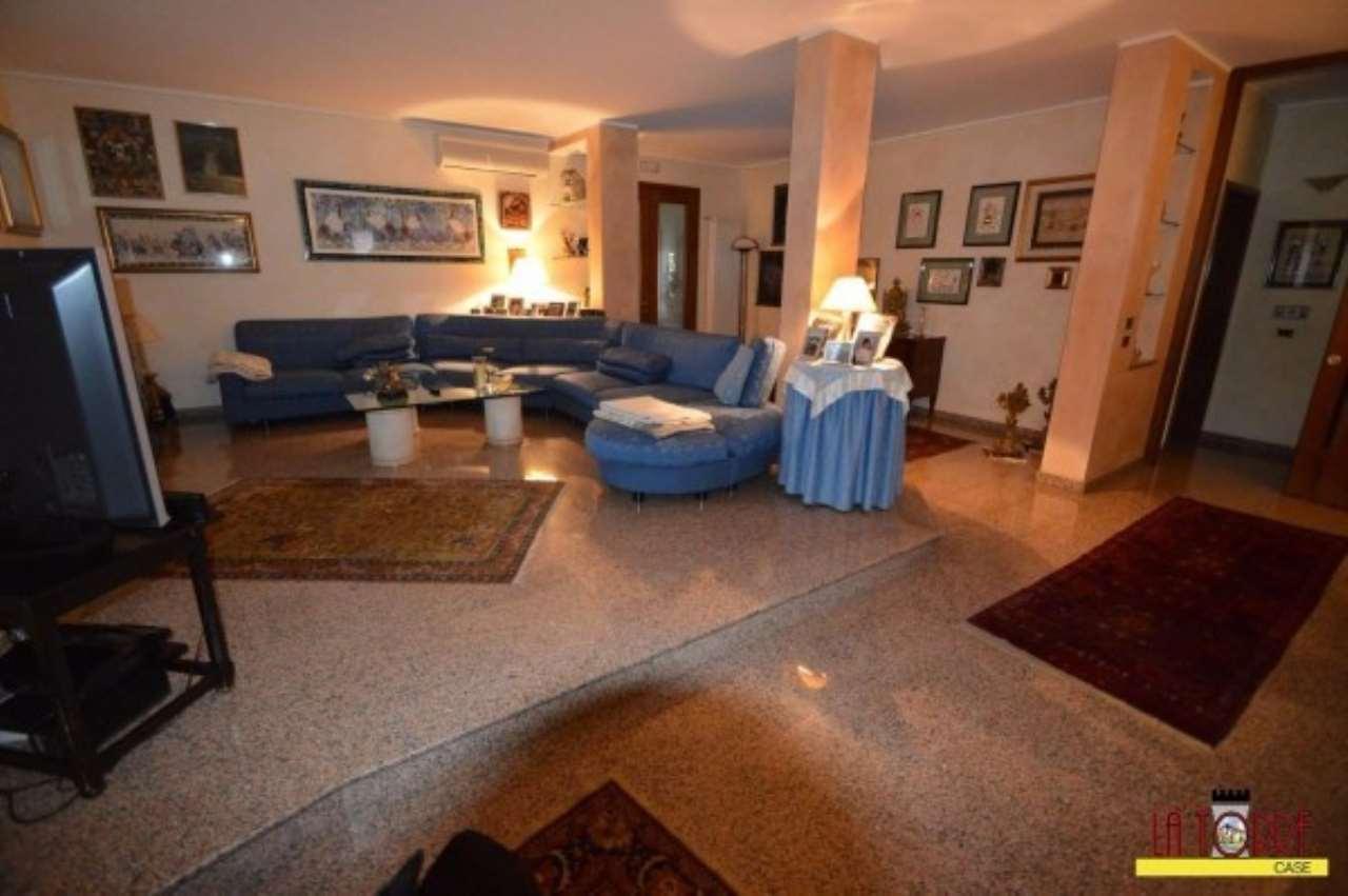 Villa in Vendita a Castelcovati