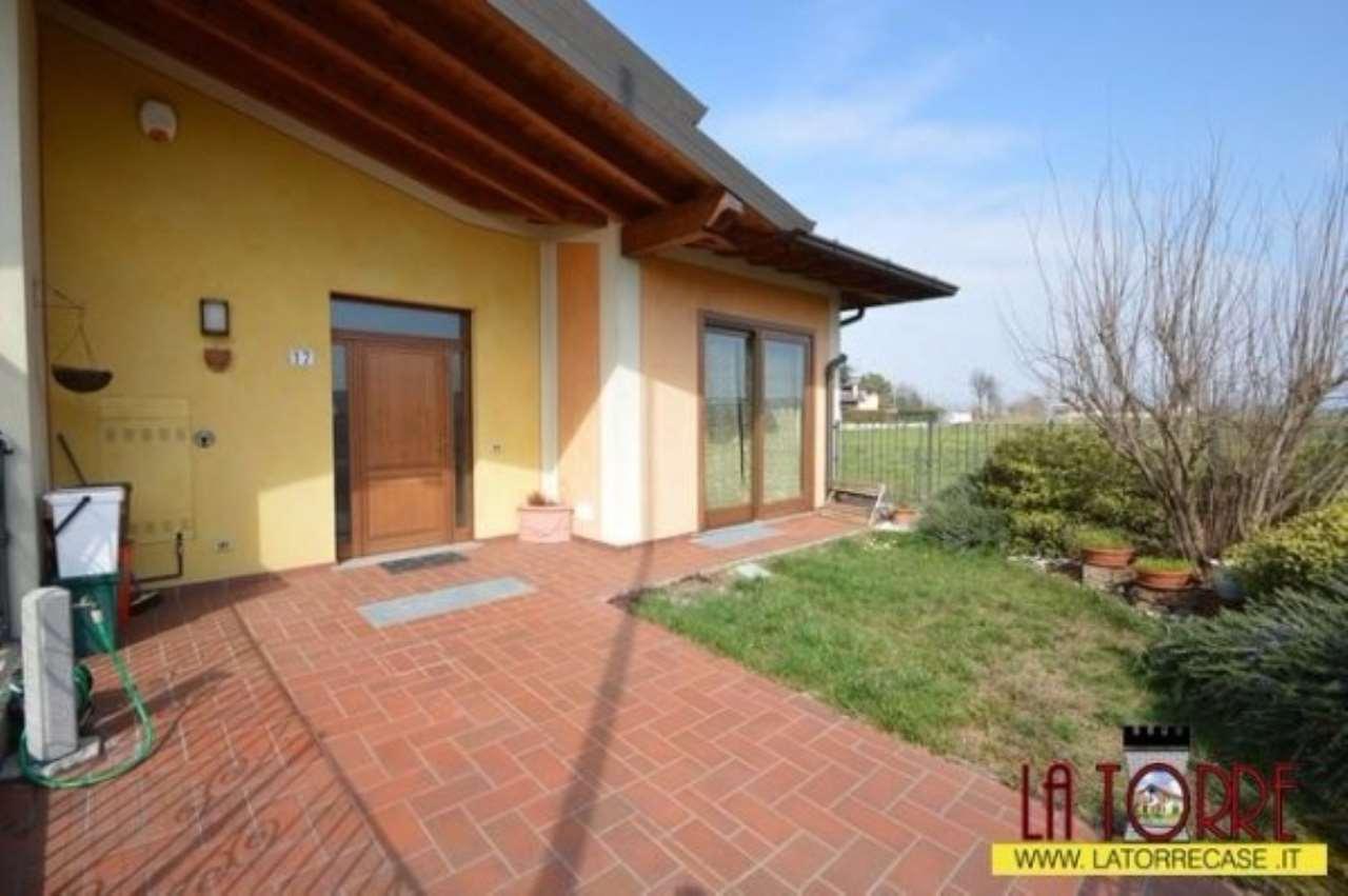 Villa a Schiera in vendita a Lograto, 3 locali, prezzo € 275.000 | Cambio Casa.it