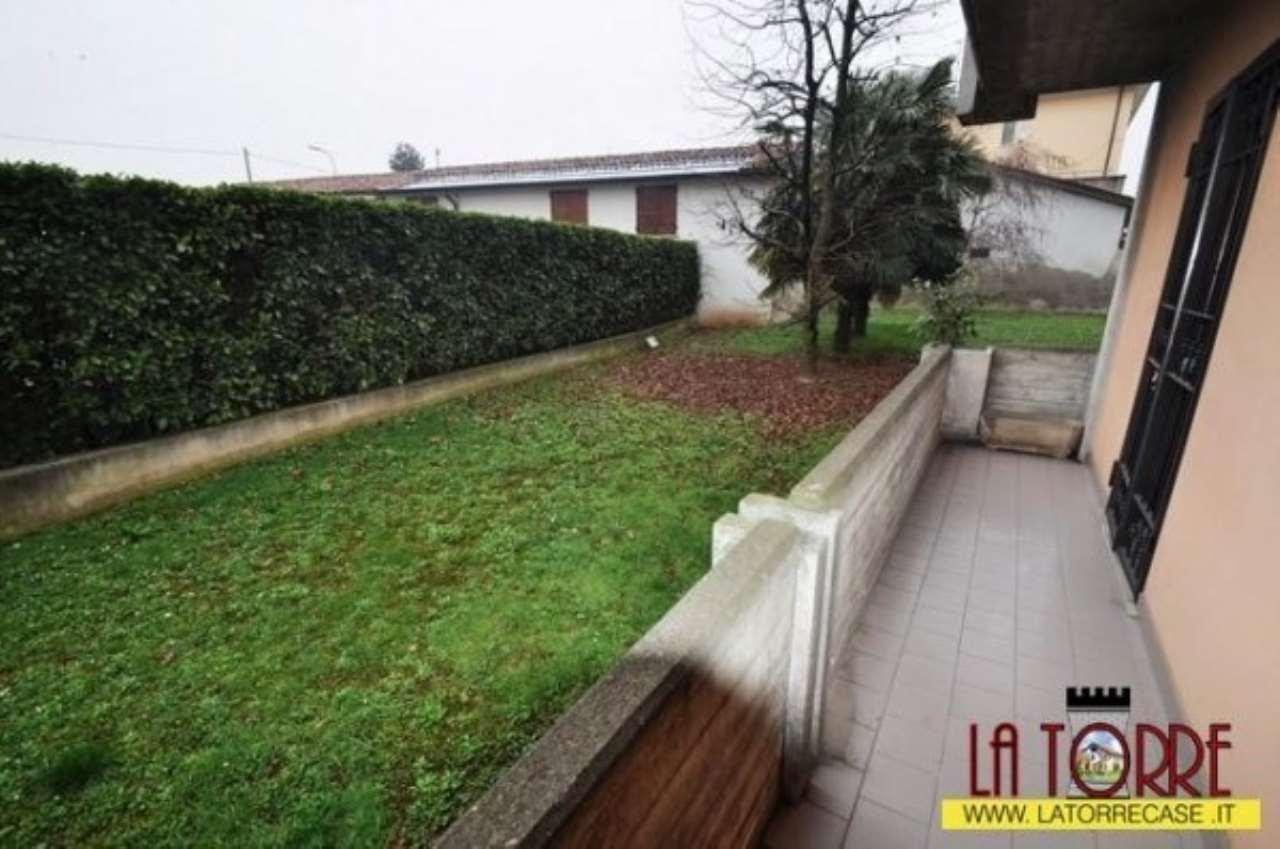 Appartamento in vendita a Chiari, 4 locali, prezzo € 175.000 | Cambio Casa.it