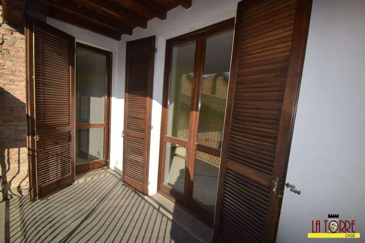 Appartamento in vendita a Rovato, 3 locali, prezzo € 85.000 | CambioCasa.it