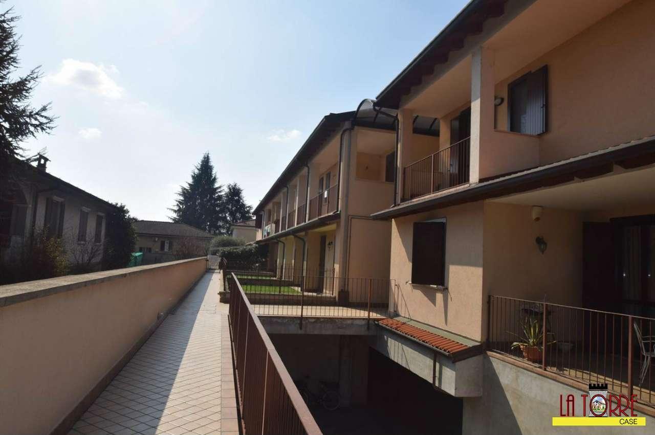 Appartamento in vendita a Castelcovati, 2 locali, prezzo € 81.000 | Cambio Casa.it