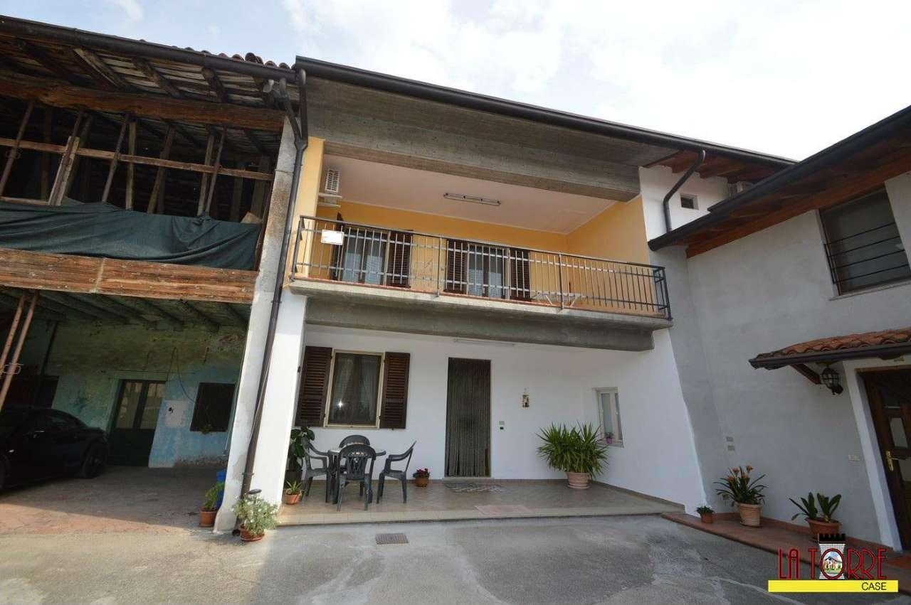 Soluzione Semindipendente in vendita a Rovato, 4 locali, prezzo € 180.000 | Cambio Casa.it