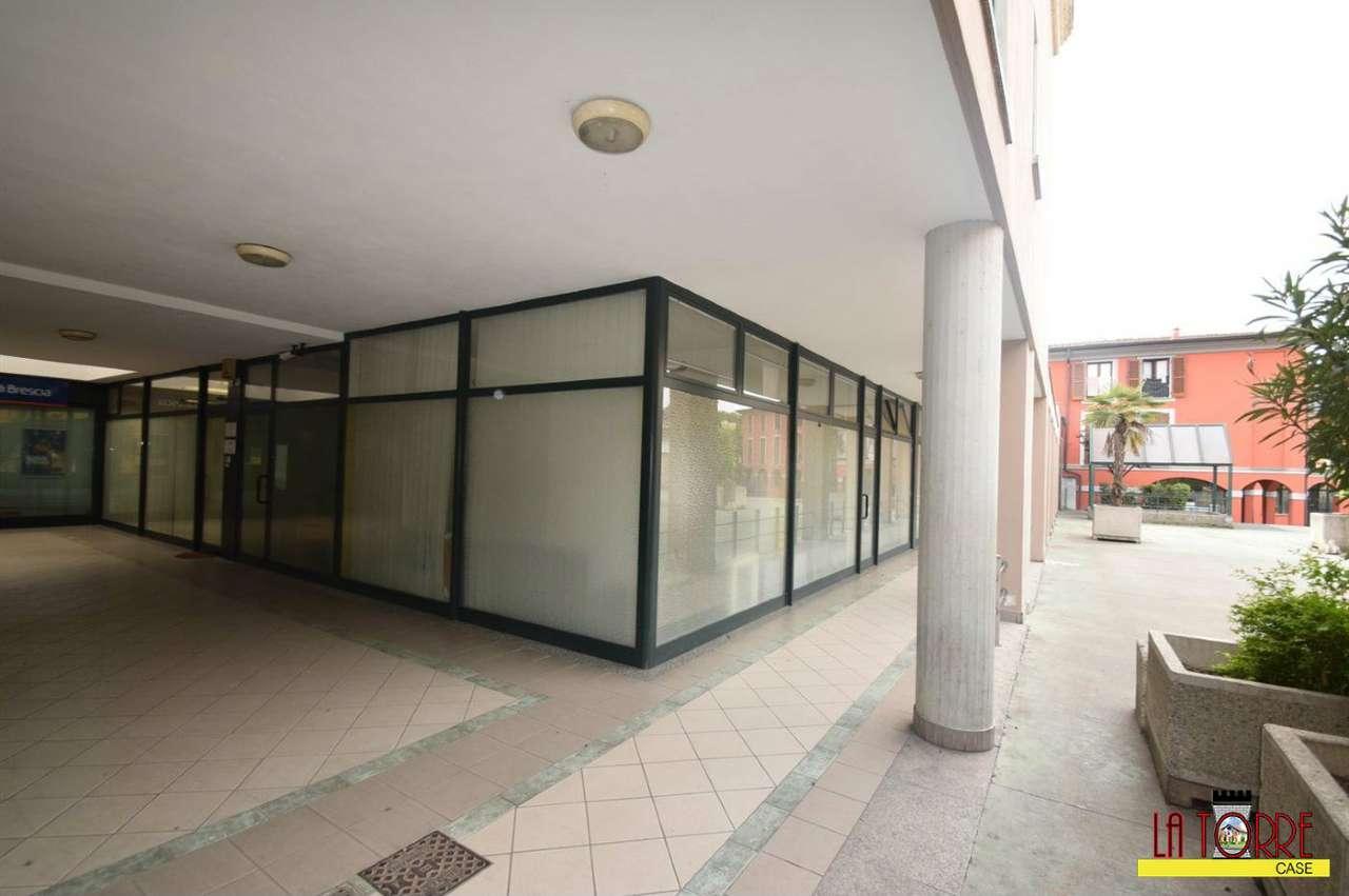 Ufficio / Studio in vendita a Castelcovati, 3 locali, prezzo € 100.000 | Cambio Casa.it