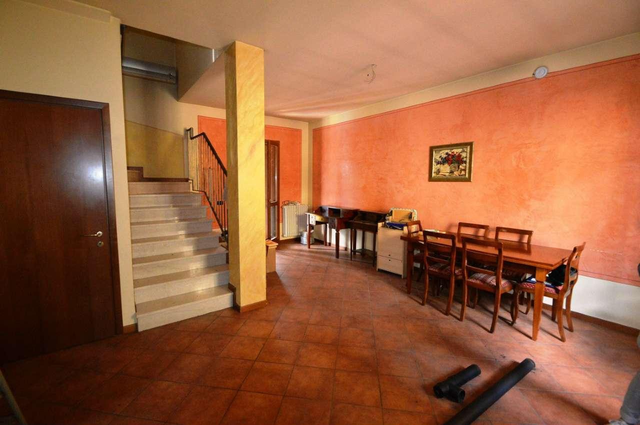 Villa a Schiera in vendita a Corzano, 3 locali, prezzo € 180.000 | Cambio Casa.it