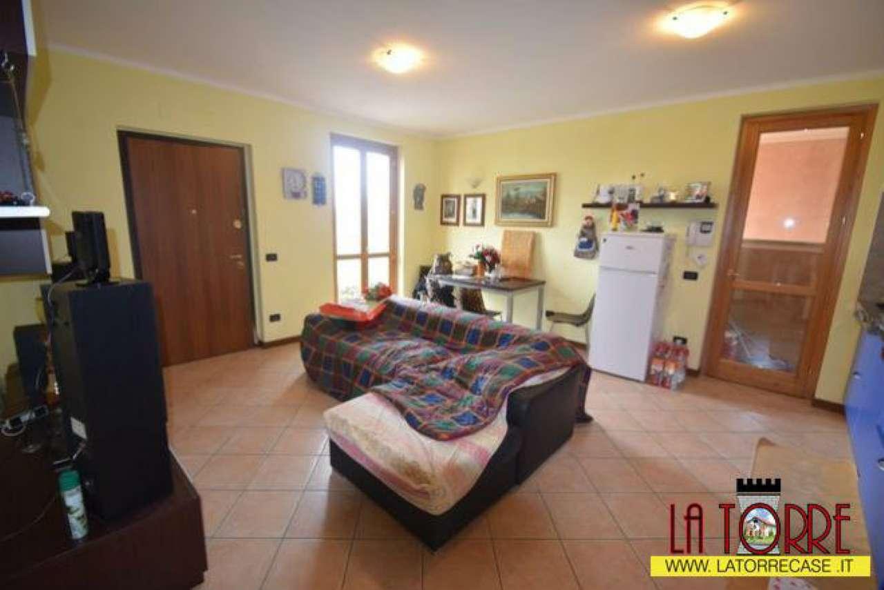 Appartamento in vendita a Castelcovati, 4 locali, prezzo € 135.000 | CambioCasa.it