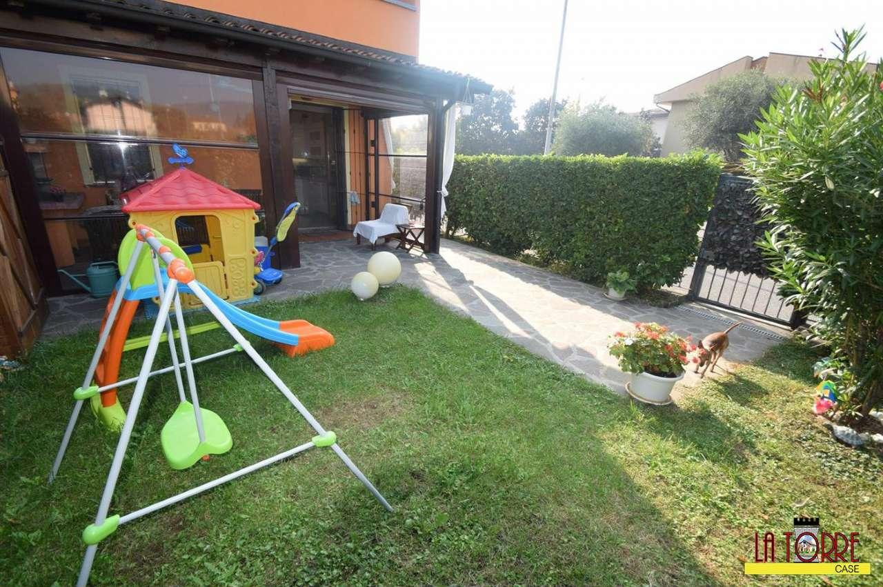Villa in vendita a Coccaglio, 5 locali, prezzo € 225.000 | CambioCasa.it