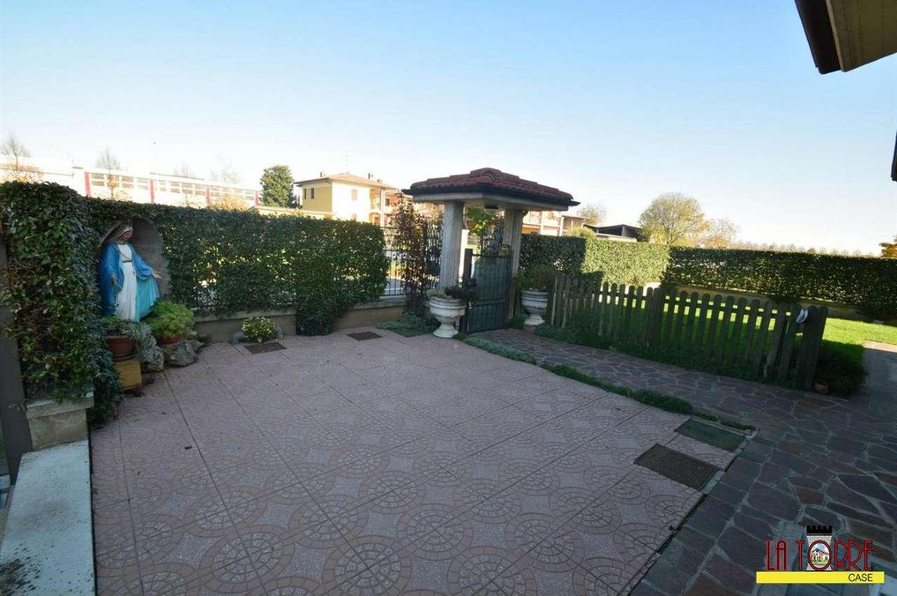 Villa in Vendita a Rudiano