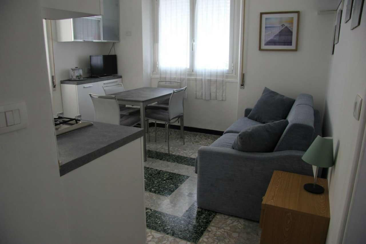 Appartamento in vendita a Deiva Marina, 2 locali, prezzo € 190.000 | CambioCasa.it