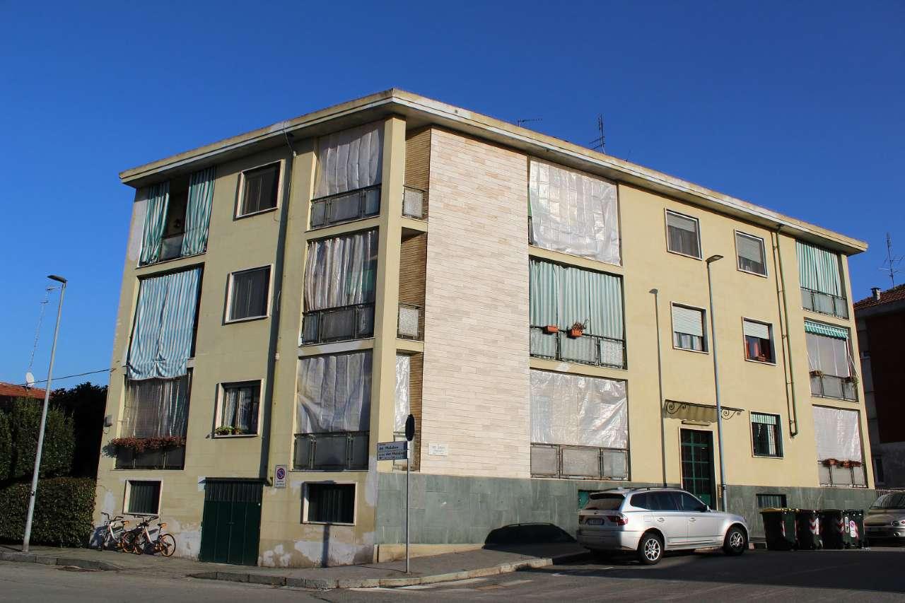 Foto 1 di Stabile - Palazzo via frassati, Torino (zona Precollina, Collina)