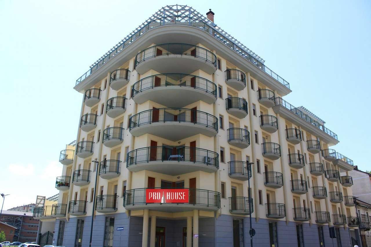 Foto 1 di Trilocale via Leoncavallo 8, Torino (zona Valdocco, Aurora)