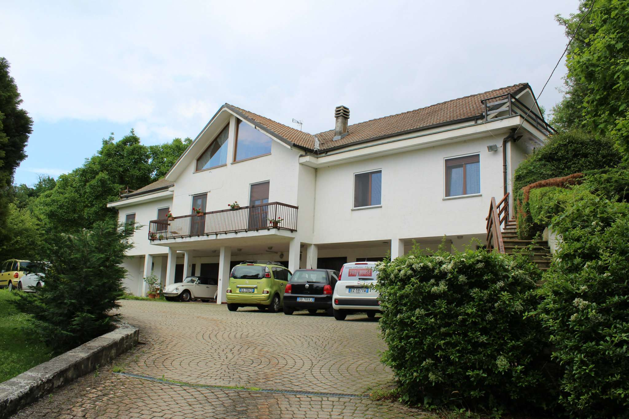 Foto 1 di Villa Quadrifamiliare via Pragelato 17, frazione Piana San Raffaele, San Raffaele Cimena
