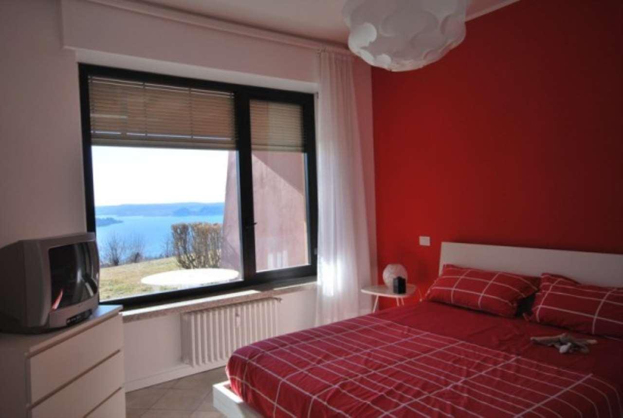 Appartamento in vendita a Lesa, 2 locali, prezzo € 150.000 | Cambio Casa.it
