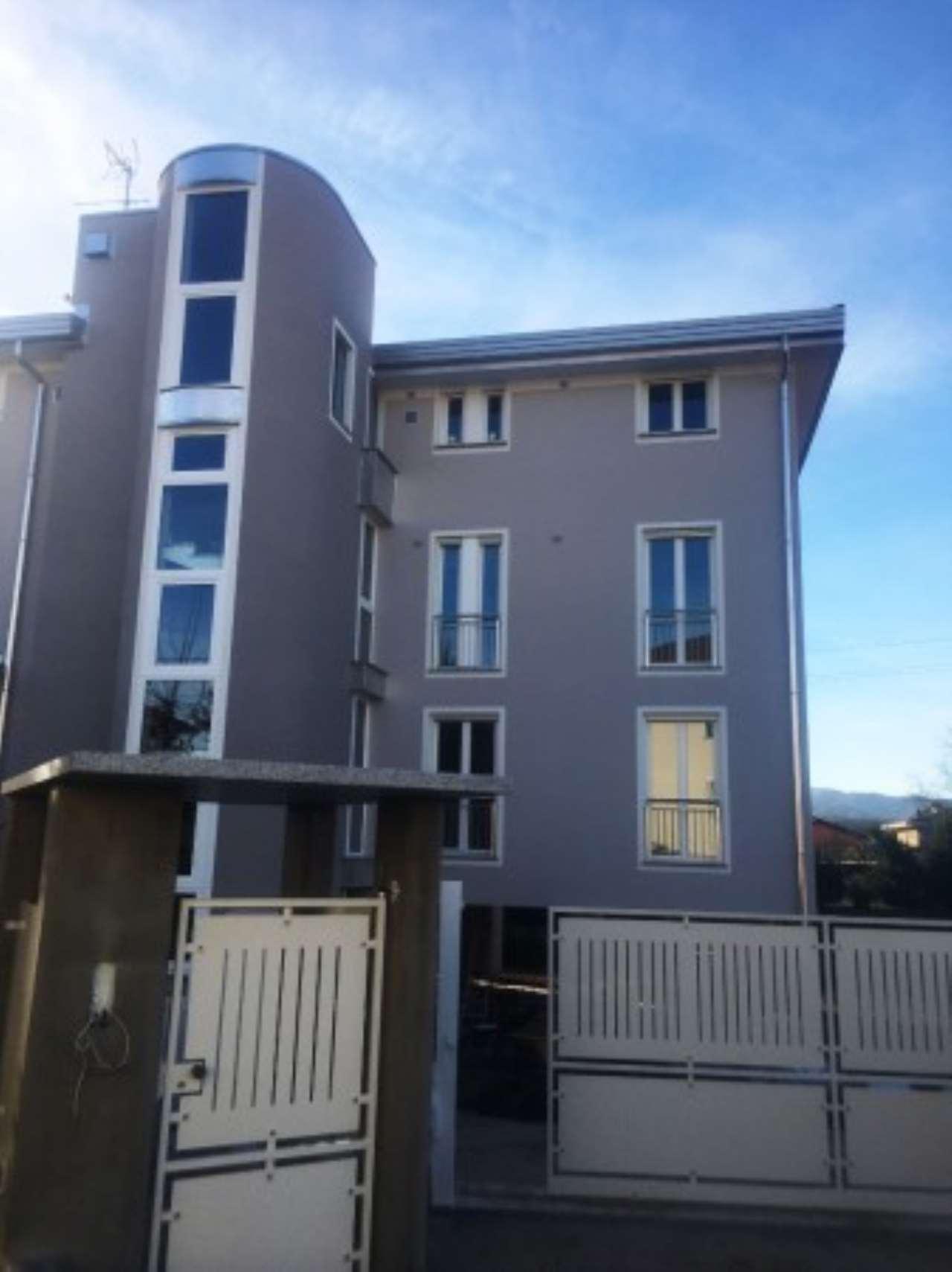 Appartamento in vendita a Borgomanero, 3 locali, prezzo € 185.000 | Cambio Casa.it