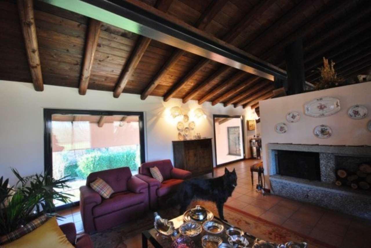 Rustico / Casale in vendita a Venegono Superiore, 6 locali, prezzo € 1.350.000 | Cambio Casa.it