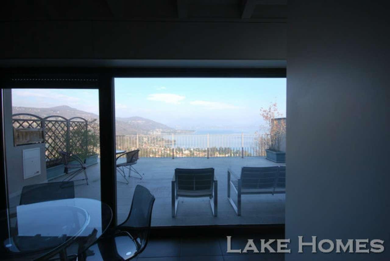 Appartamento in vendita a Meina, 3 locali, prezzo € 340.000 | Cambio Casa.it
