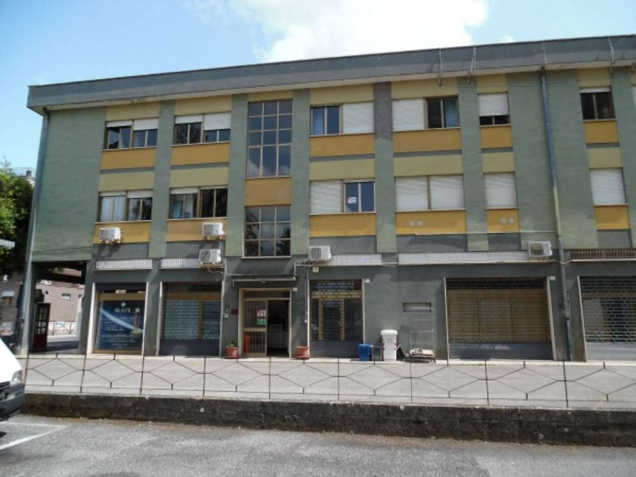 Ufficio / Studio in vendita a Rieti, 6 locali, Trattative riservate | Cambio Casa.it