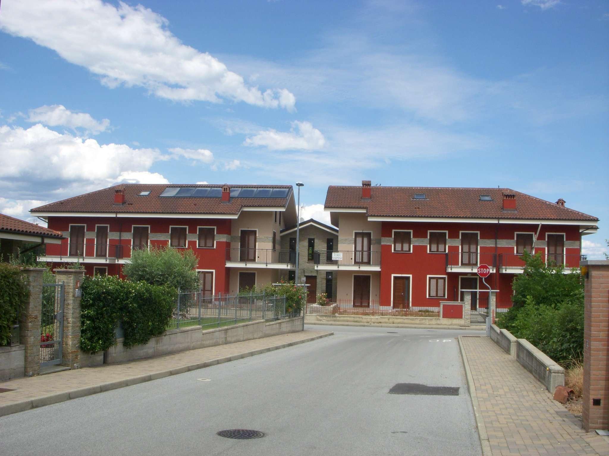 Appartamento in vendita a Bricherasio, 5 locali, prezzo € 260.000 | CambioCasa.it