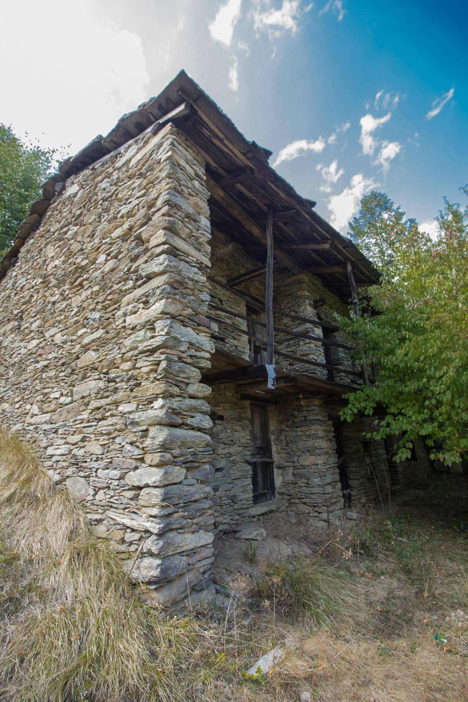 Rustico / Casale in Vendita a Torre Pellice