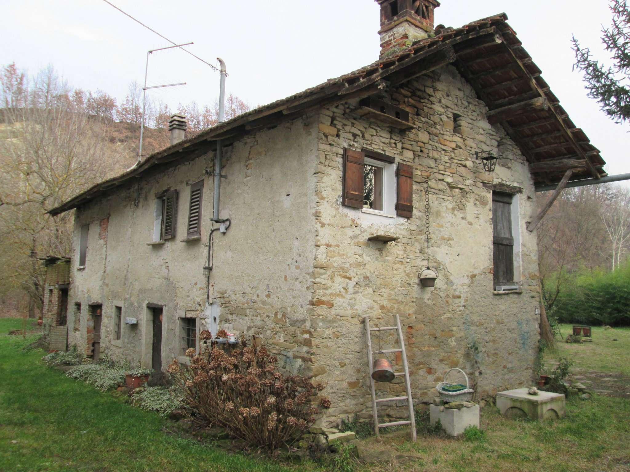 Rustico / Casale in vendita a Visone, 10 locali, prezzo € 65.000 | Cambio Casa.it