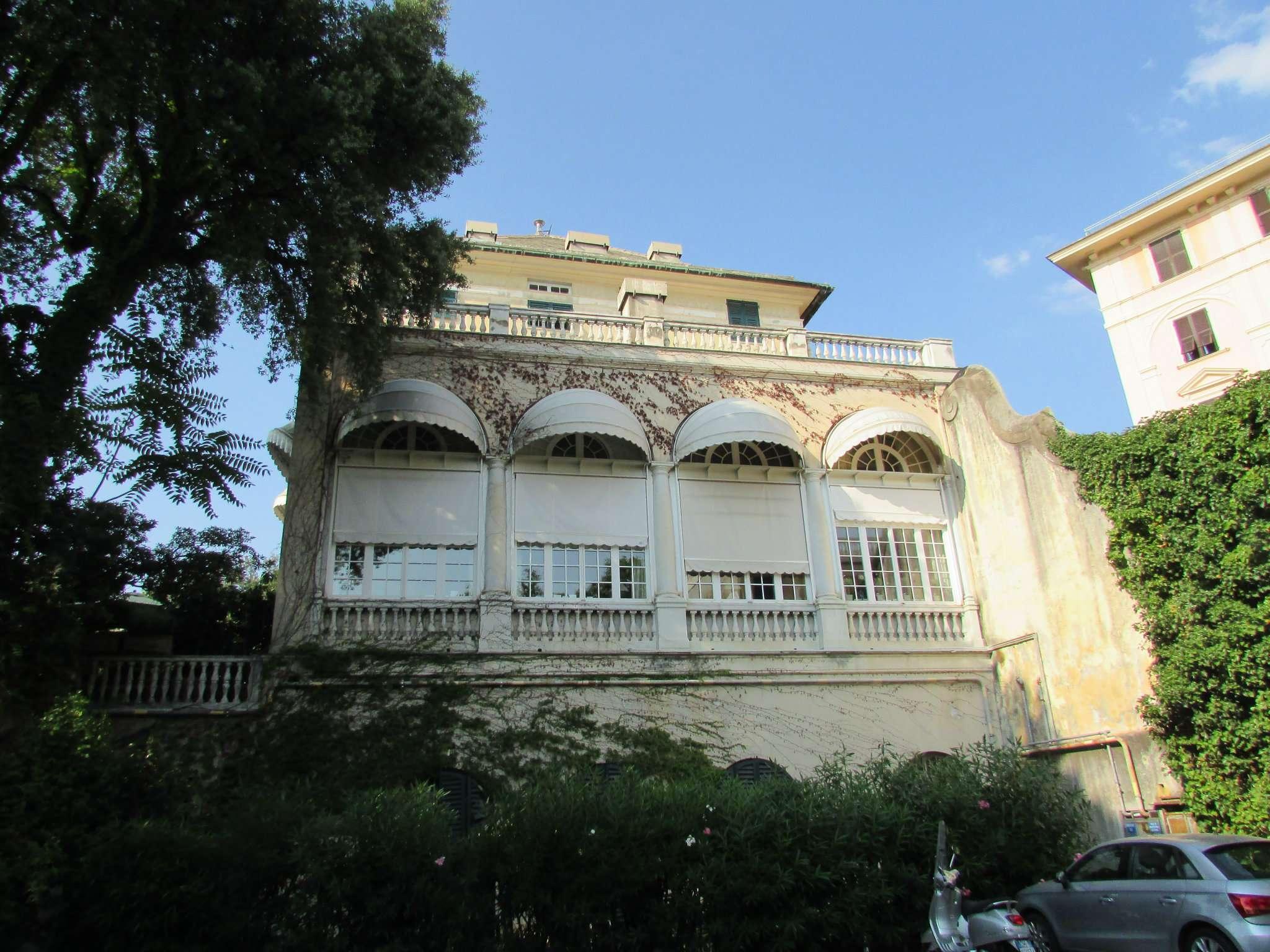 Attico / Mansarda in affitto a Genova, 9999 locali, prezzo € 2.100   Cambio Casa.it