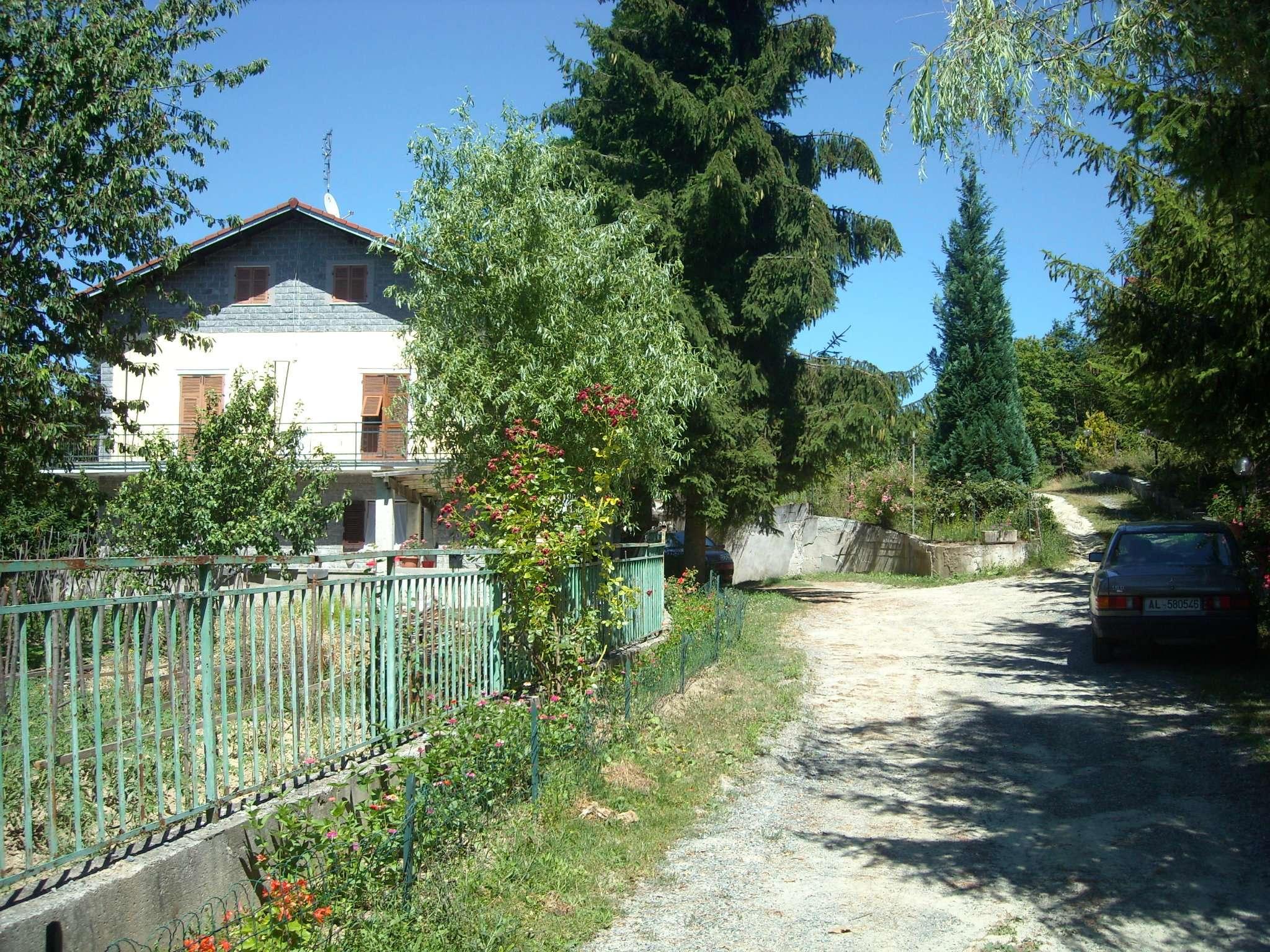 Soluzione Indipendente in vendita a Ponzone, 7 locali, prezzo € 180.000 | Cambio Casa.it