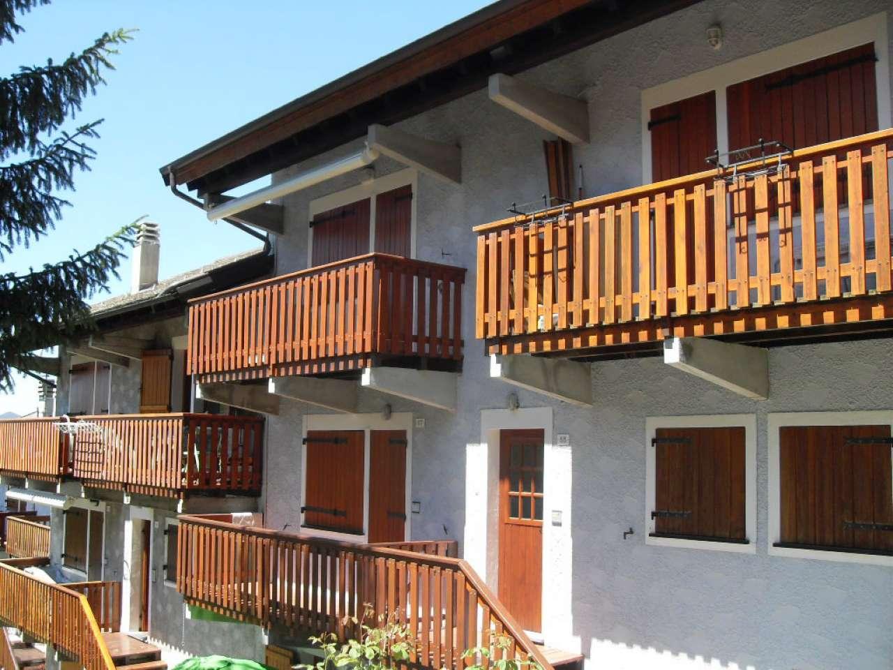 Appartamento in vendita a Santo Stefano d'Aveto, 3 locali, prezzo € 100.000 | Cambio Casa.it