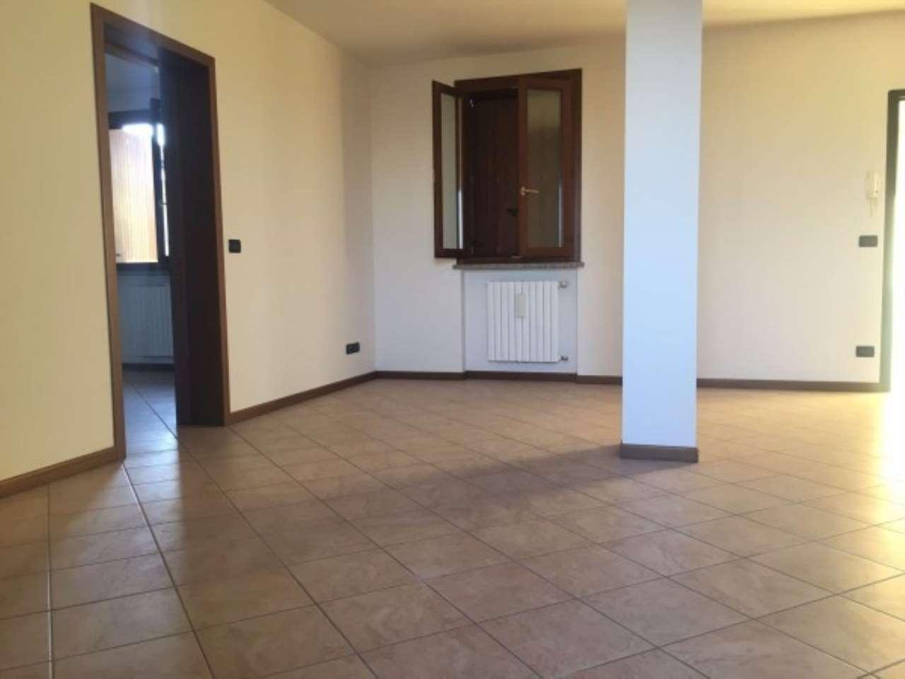 Appartamento in affitto a Curtatone, 3 locali, prezzo € 470 | Cambio Casa.it
