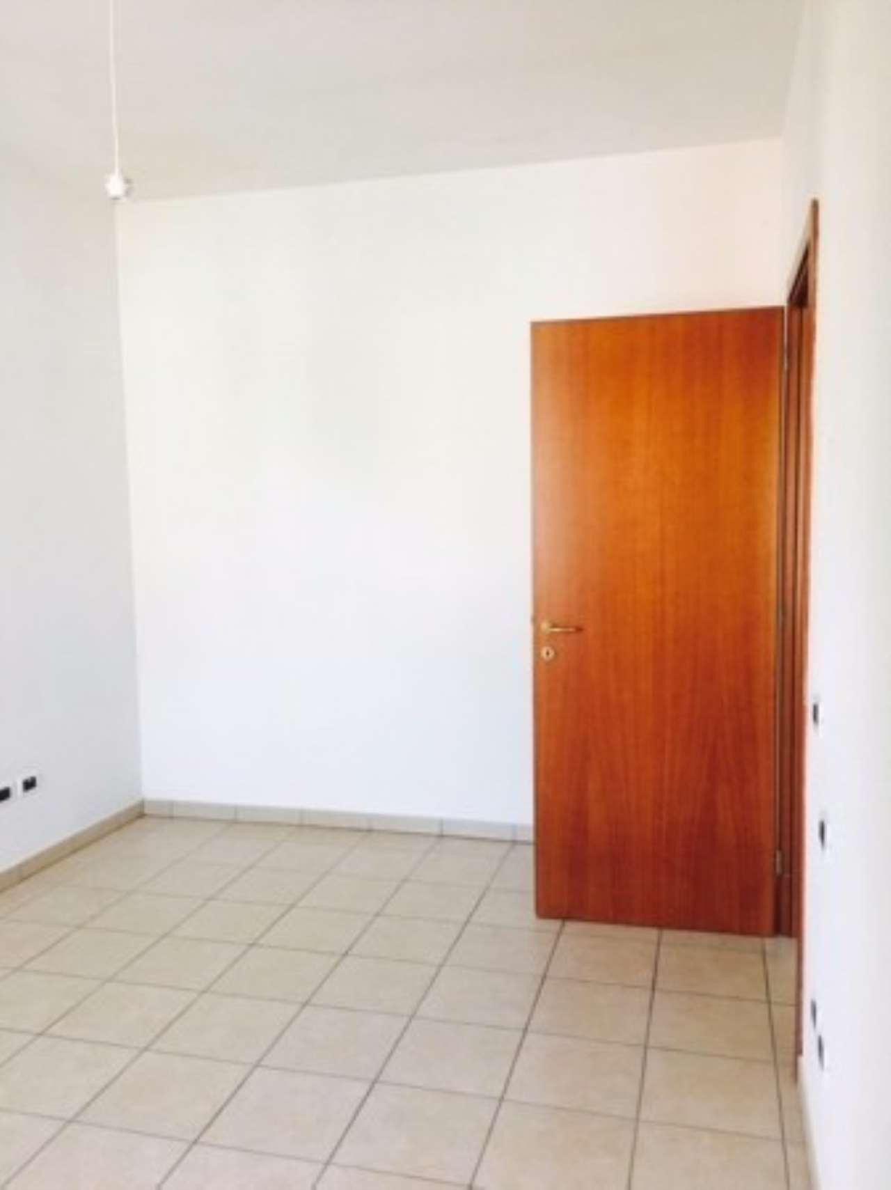 Appartamento in affitto a Curtatone, 2 locali, prezzo € 380 | Cambio Casa.it