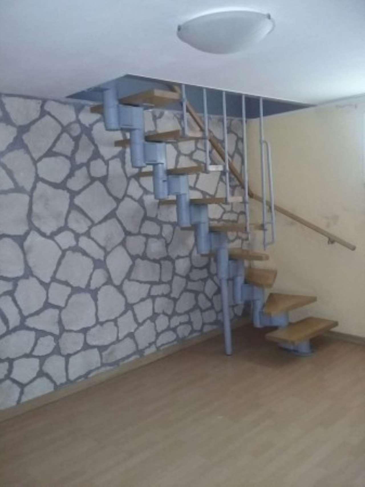Appartamento in affitto a Bagnolo San Vito, 3 locali, prezzo € 400 | Cambio Casa.it