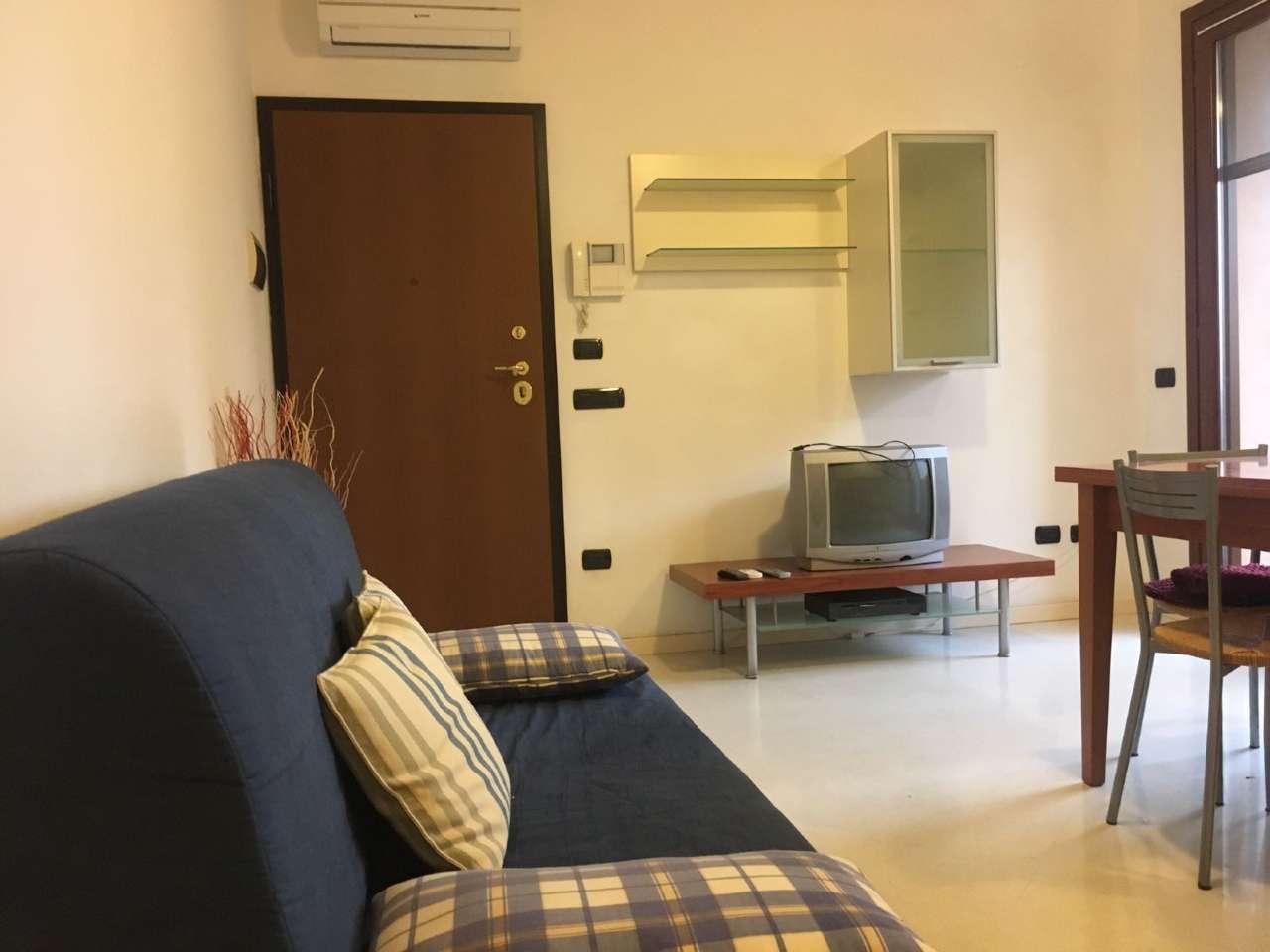 Appartamento in affitto a Porto Mantovano, 2 locali, prezzo € 450 | Cambio Casa.it