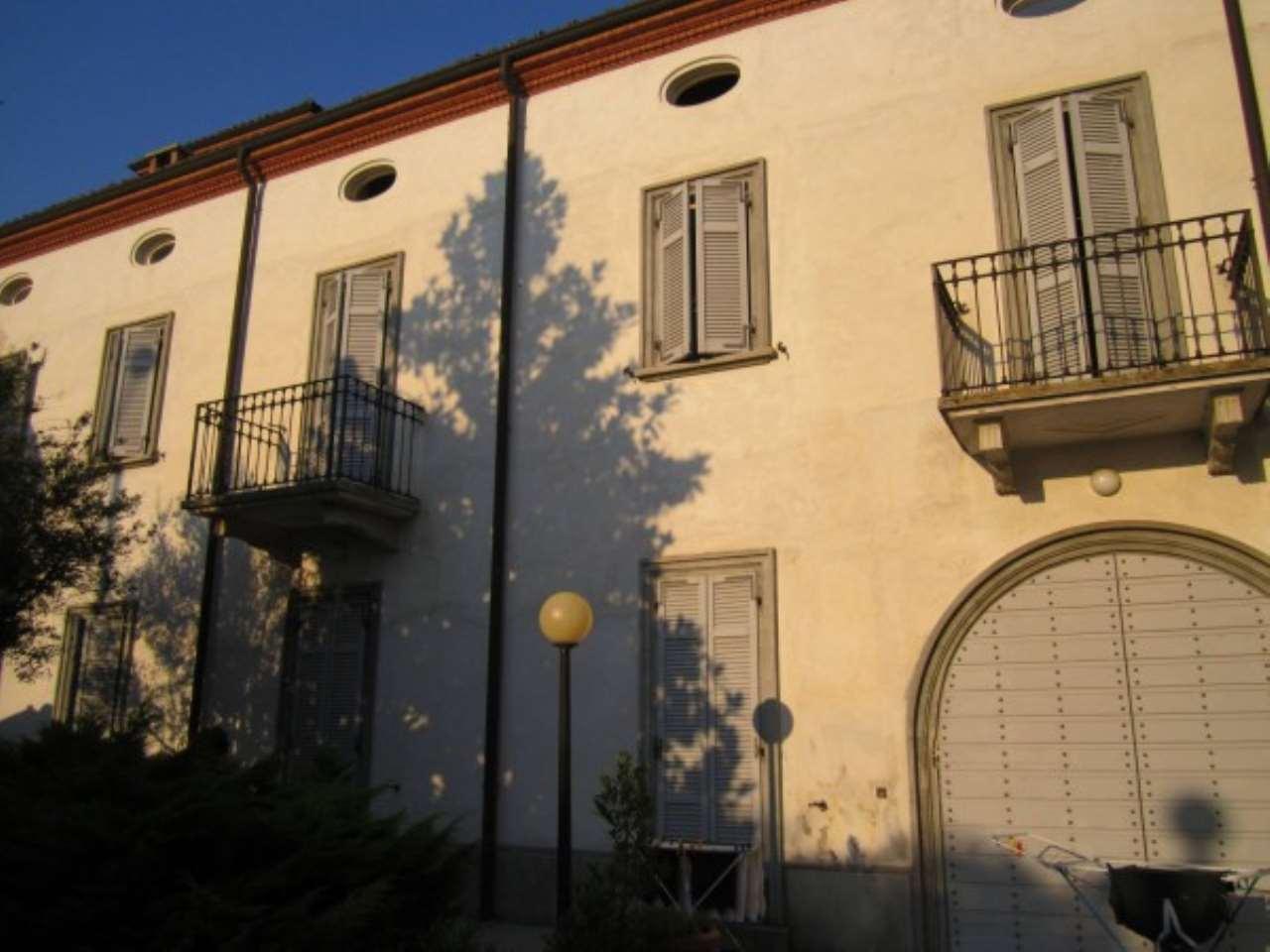 Villa in vendita a Alessandria, 6 locali, Trattative riservate | Cambio Casa.it