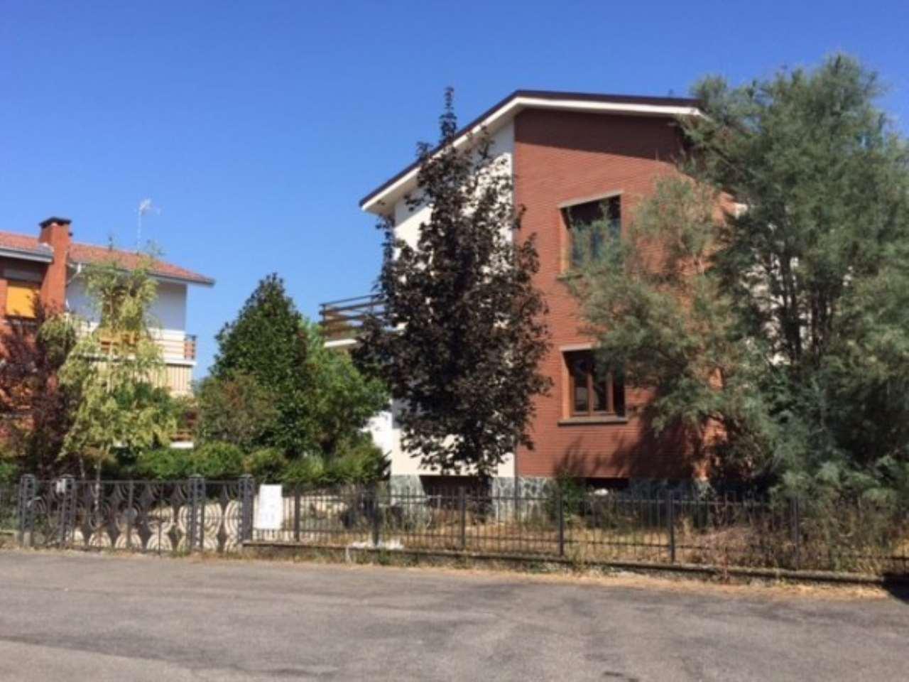 Villa in vendita a Novi Ligure, 6 locali, prezzo € 280.000 | Cambio Casa.it