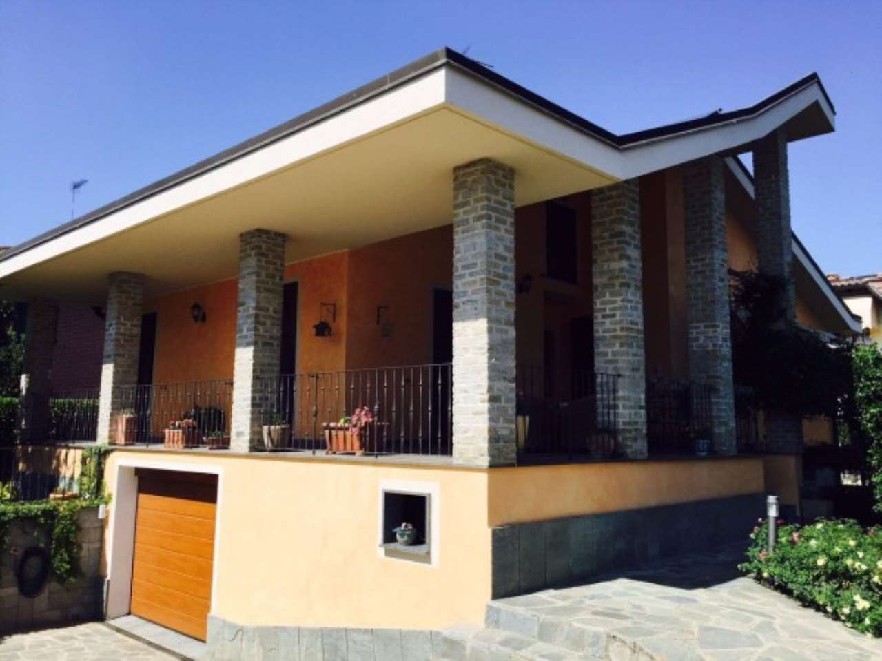 Villa in vendita a Novi Ligure, 6 locali, prezzo € 530.000 | Cambio Casa.it