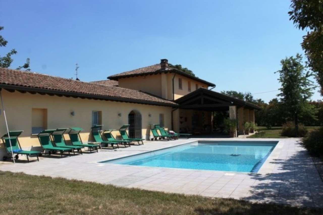 Villa in vendita a Novi Ligure, 6 locali, Trattative riservate | Cambio Casa.it