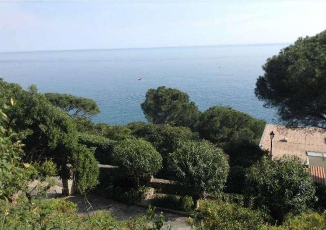 Villa in vendita a Varazze, 1 locali, Trattative riservate | Cambio Casa.it
