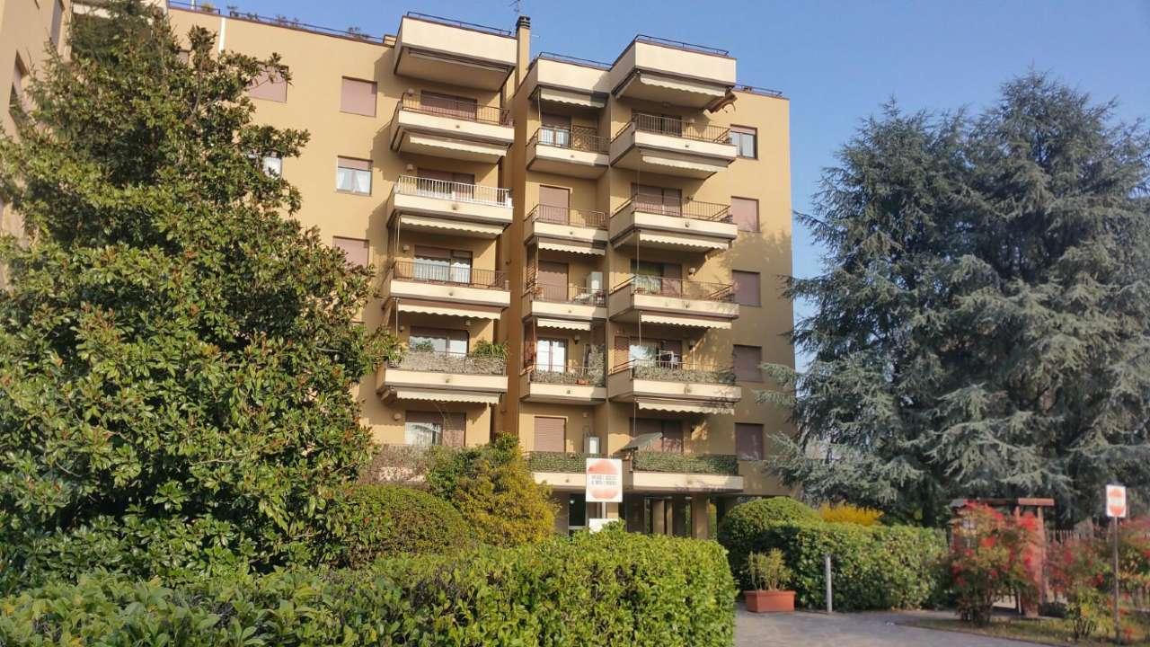 Magazzino in Vendita a Cesano Maderno
