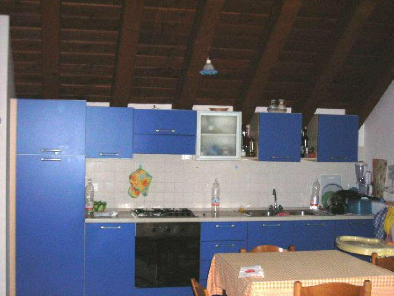 Appartamento in affitto a Castelfranco Veneto, 4 locali, prezzo € 600   CambioCasa.it