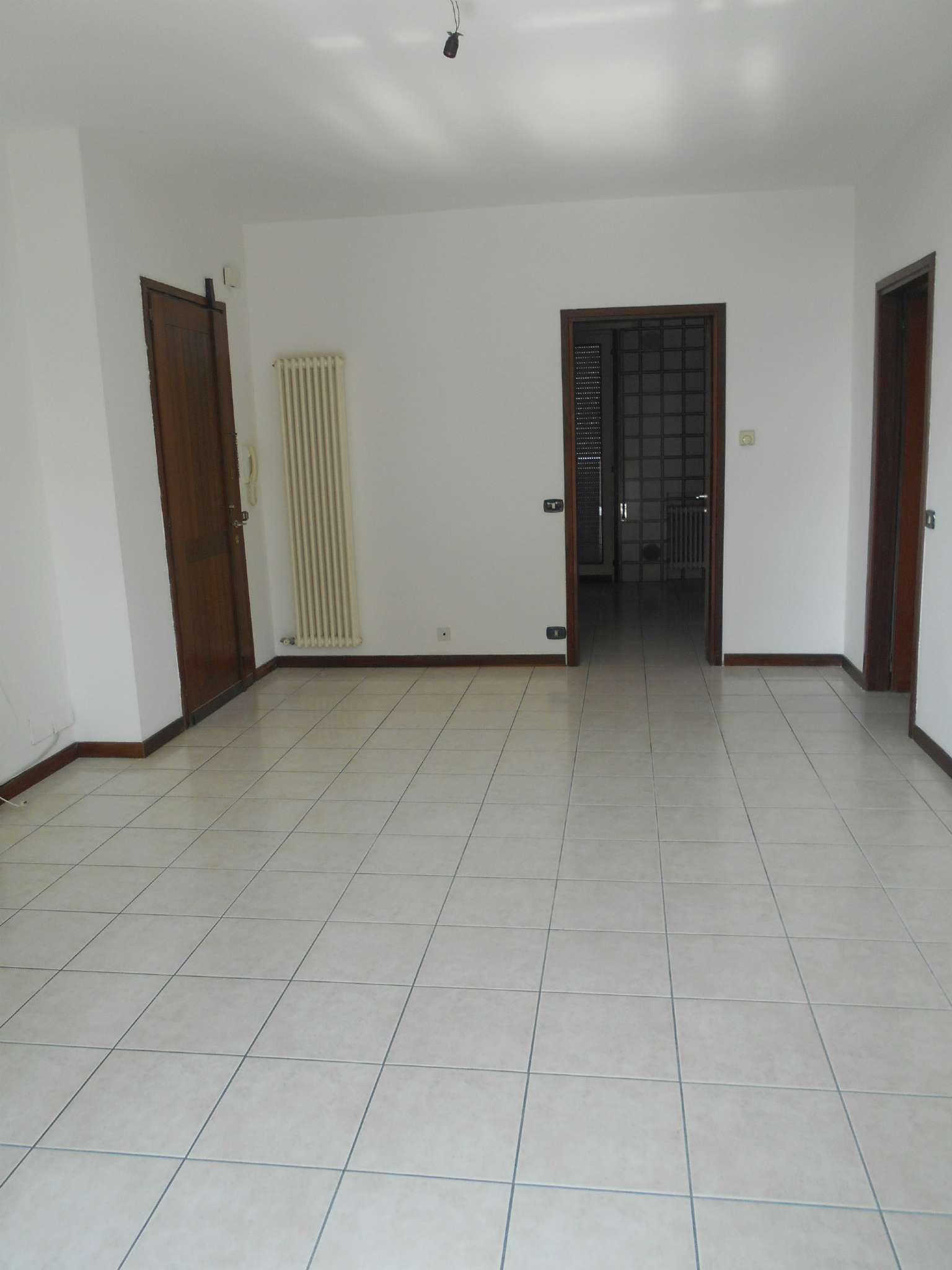 Appartamento in affitto a Castelfranco Veneto, 5 locali, prezzo € 530   CambioCasa.it
