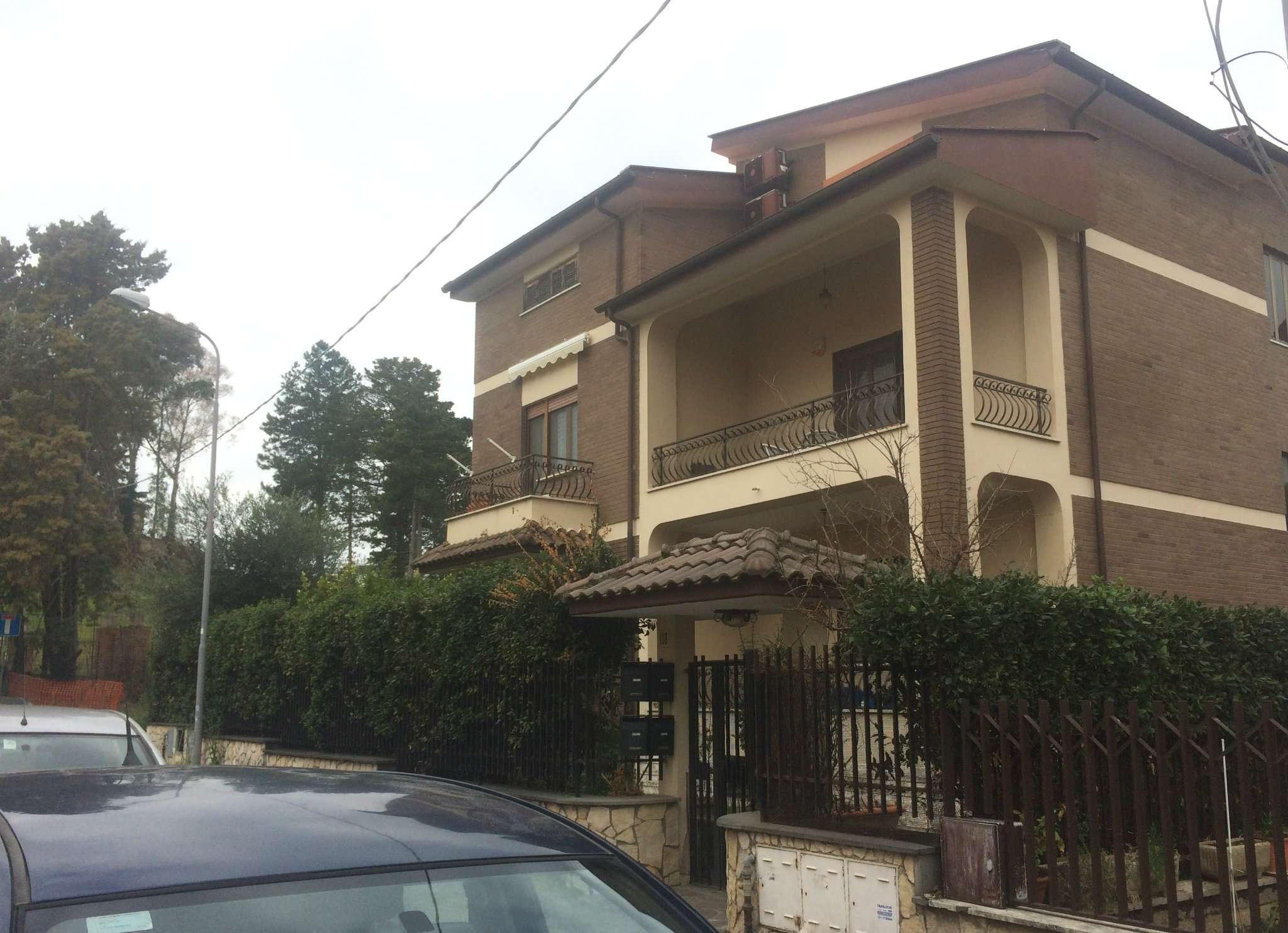 Appartamento in vendita a Monterotondo, 5 locali, prezzo € 290.000 | CambioCasa.it