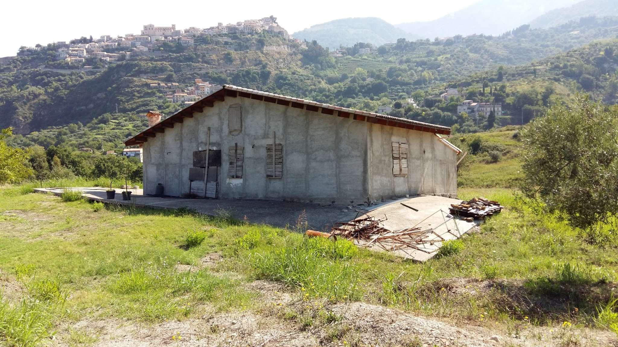 Villa in vendita a Castroreale, 3 locali, prezzo € 80.000 | CambioCasa.it