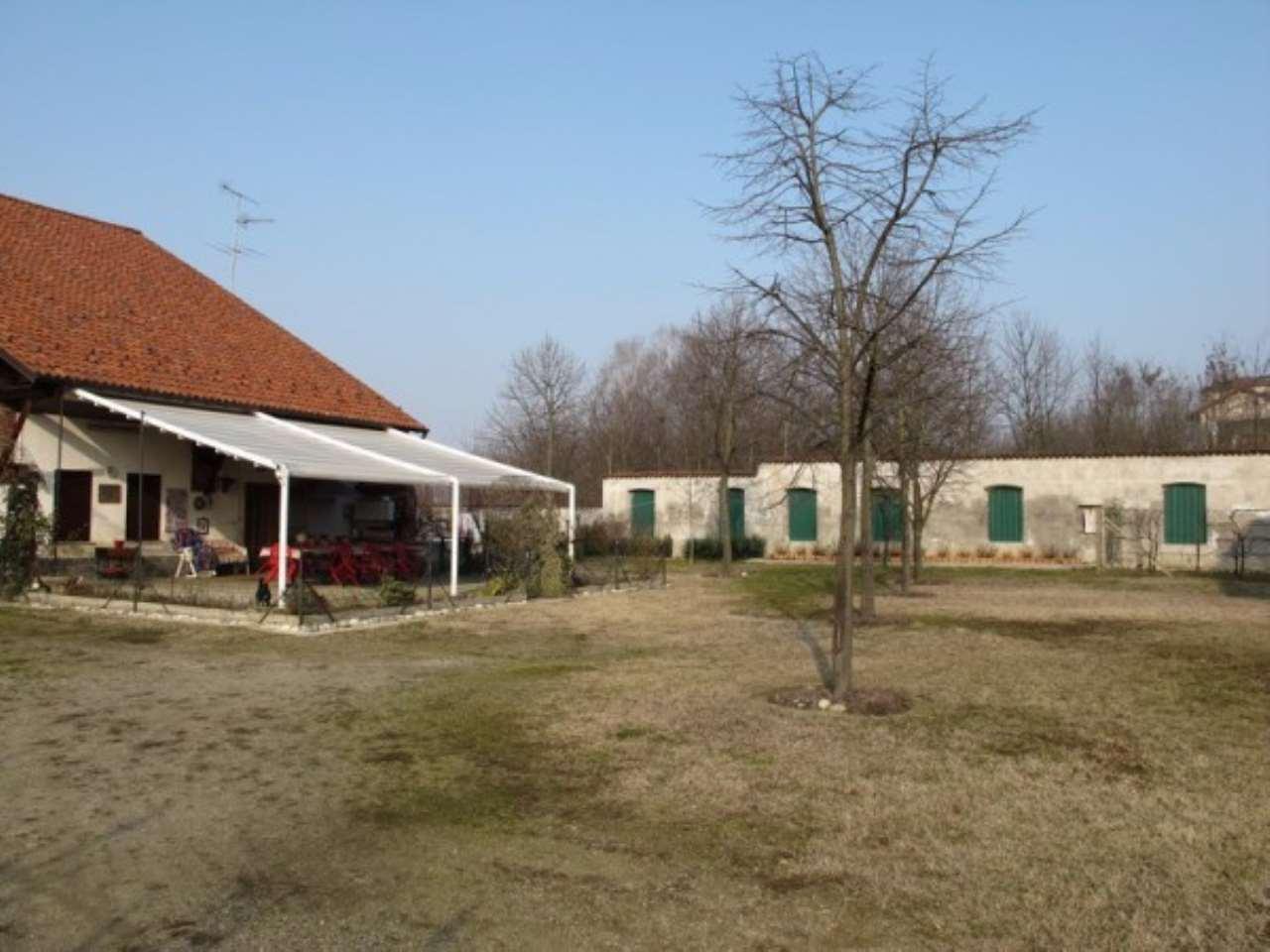 Rustico / Casale in vendita a Granozzo con Monticello, 4 locali, prezzo € 250.000 | Cambio Casa.it