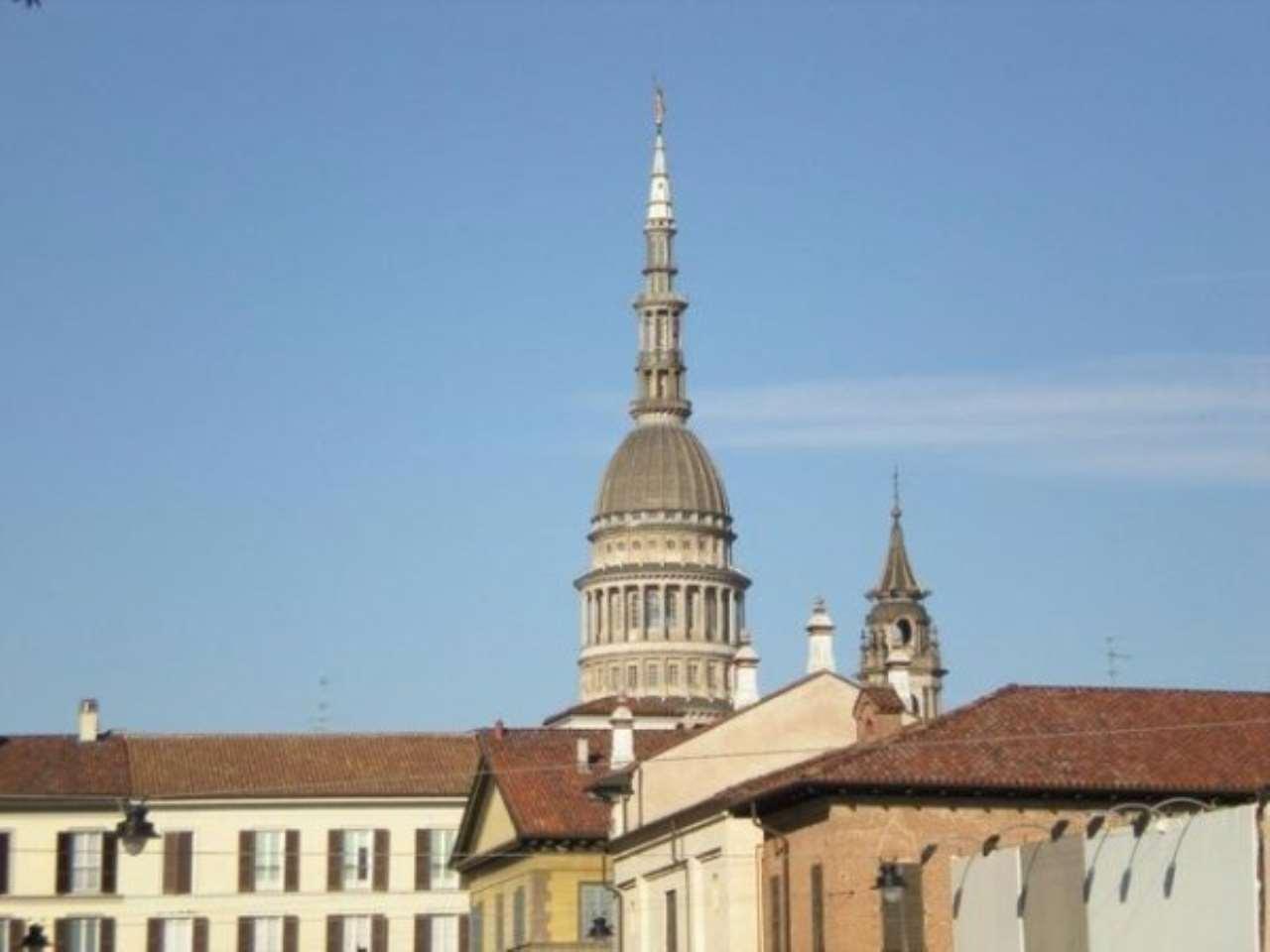 Palazzo / Stabile in vendita a Novara, 9999 locali, Trattative riservate | Cambio Casa.it