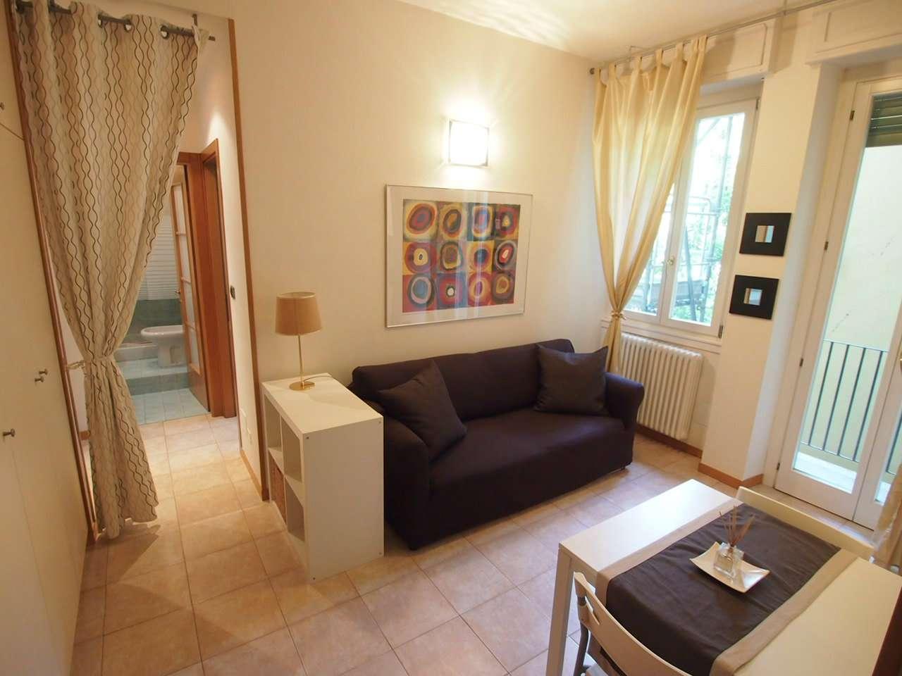 Appartamento in affitto a Verona, 2 locali, zona Zona: 1 . ZTL - Piazza Cittadella - San Zeno - Stadio, prezzo € 700 | CambioCasa.it
