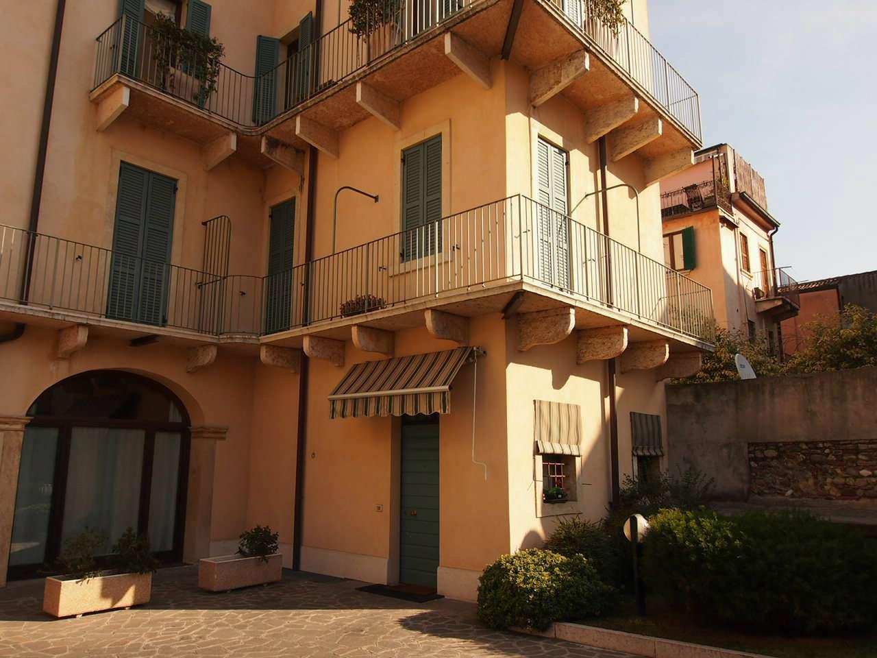 Appartamento in affitto a Verona, 2 locali, zona Zona: 2 . Veronetta, prezzo € 600 | CambioCasa.it