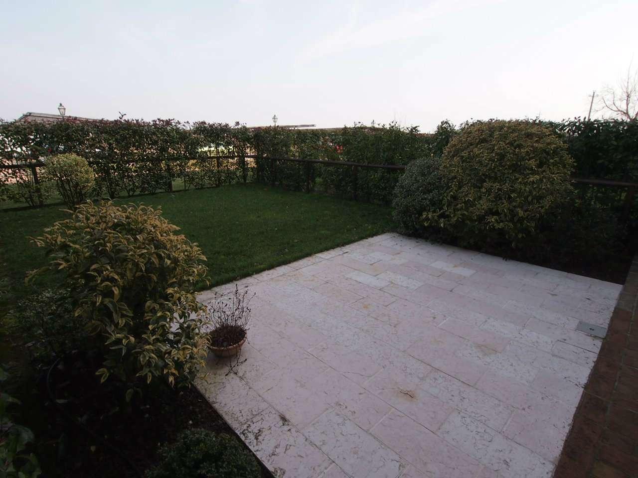 Appartamento in vendita a Belfiore, 4 locali, prezzo € 185.000 | CambioCasa.it