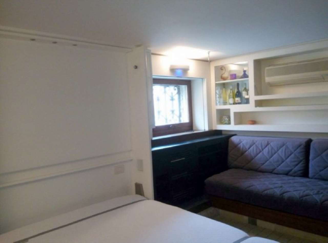 Appartamento in vendita a Venezia, 9999 locali, zona Zona: 3 . Cannaregio, prezzo € 125.000 | Cambio Casa.it
