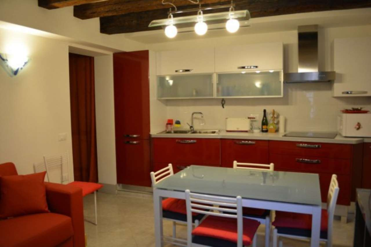 Appartamento in vendita a Venezia, 1 locali, zona Zona: 3 . Cannaregio, prezzo € 215.000 | Cambio Casa.it